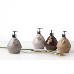 gasing bottle amenities, bathroom amenities, spa products, villa