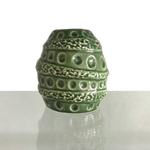 Cocoon-Vase-small